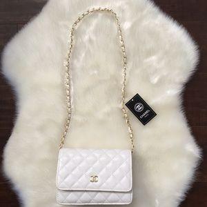 Chanel White shoulder bag
